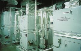 プラザ洞津 空調機械室